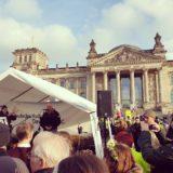 Rede_vor_dem_Reichstag_Berlin_3